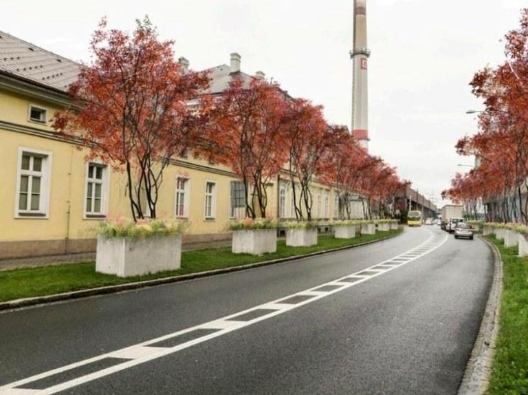 Betonové květináče ve Vítkovicích