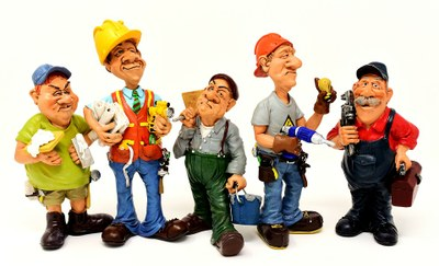 Hledáme zaměstnance na pozici Správce hřiště, dělník čištění města s elektro/motorovým nářadím