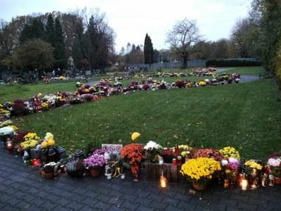 Památka zesnulých na hřbitově ve Vítkovicích