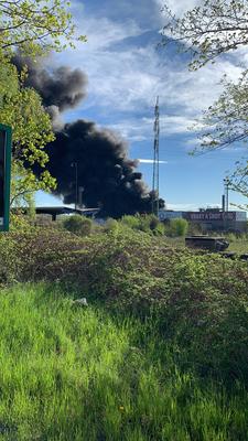 Pozor! V areálu SPV Recycling ve Vítkovicích hoří